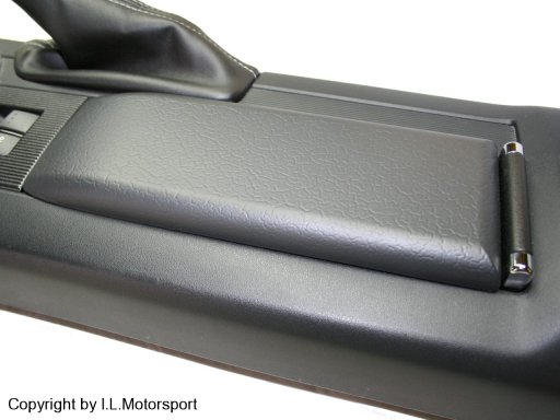 MX-5 Arm Rest Pad with Chrome Details